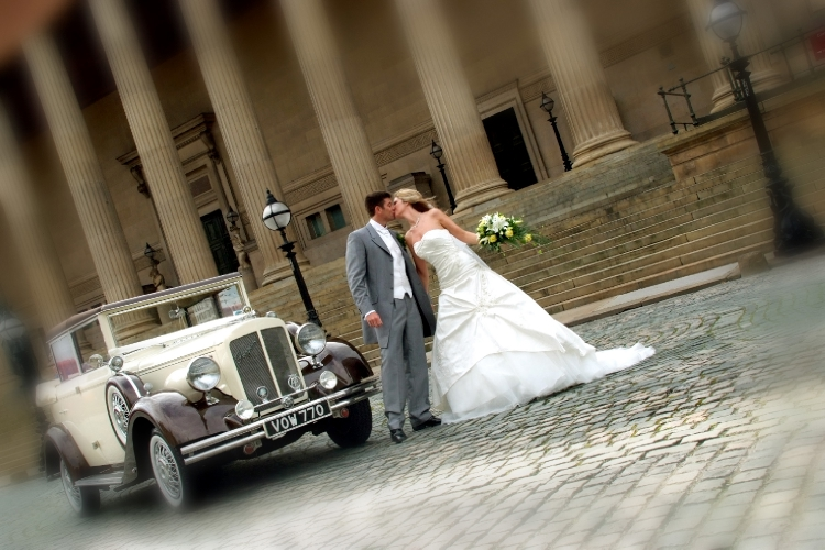Catherine-Colin- Liverpool Wedding- St Georges Hall