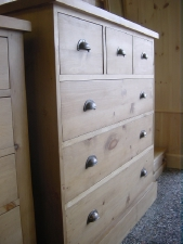 3 Over 3 Shaker Chest Of Drawers