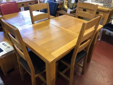 Erne oak compact extending dining table & 4 oak chairs