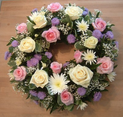 F46 Loose Wreath