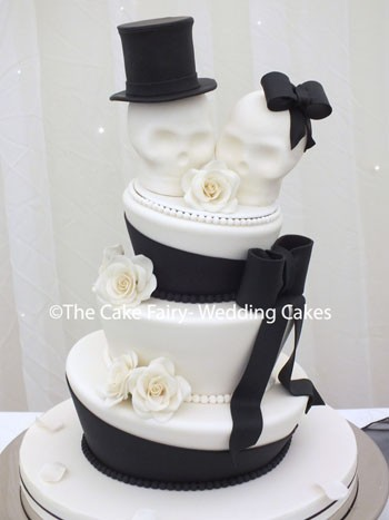 RW51 WONKY SKULLS  The perfect Wedding Cake for a couple who want something different