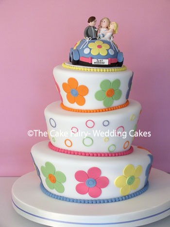 RW56 WONKY RETRO A fun colourful wedding cake in a retro style