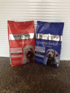 A/G Arden Grange adult dog food