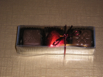 BC13 BOX OF 3 LUXURY BELGIAN CHOCOLATES