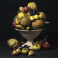 STATIC ARRANGEMENT OF CERAMIC FRUITS AND VEGETABLES