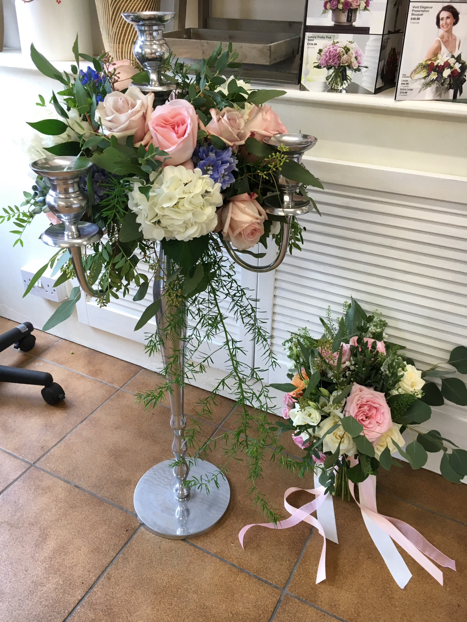 Wedding Cake Flowers Wedding Flowers Your Local Interflora
