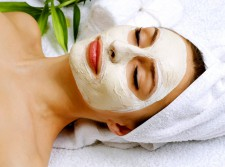 1 Hr Brightening Facial (free Lightening Cream)
