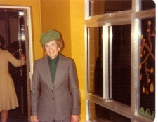 Ann Jones assist at shop from 1974 until 1982