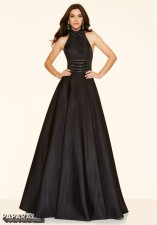 98069 IN STOCK IN BLACK SIZE 8