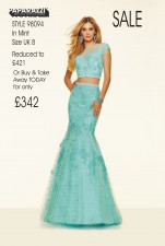 98094 IN STOCK IN MINT SIZE 8