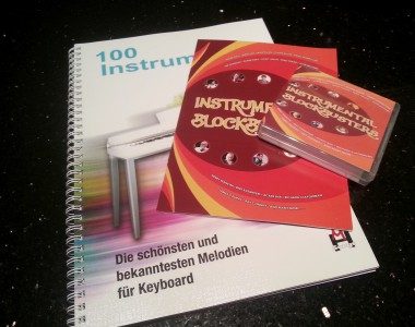 INSTWITHBOOKT4 INSTRUMENTAL BLOCKBUSTERS USB AND BOOK SET Tyros 4