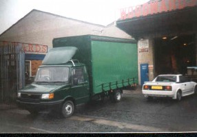 1500cwt curtainsider Image