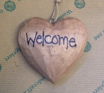 'Welcome' Heart 8cm