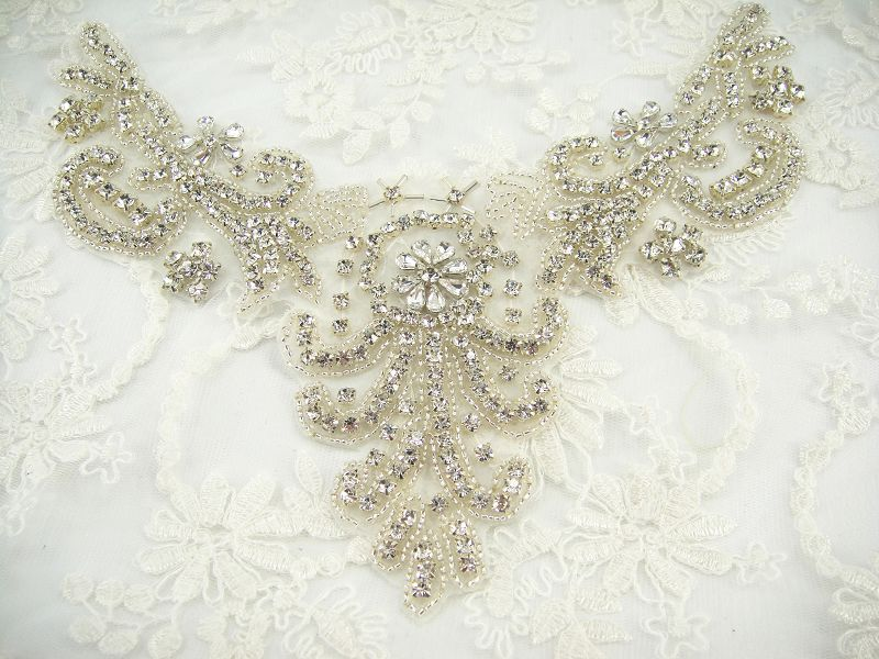 SM014 Diamante Applique SM014