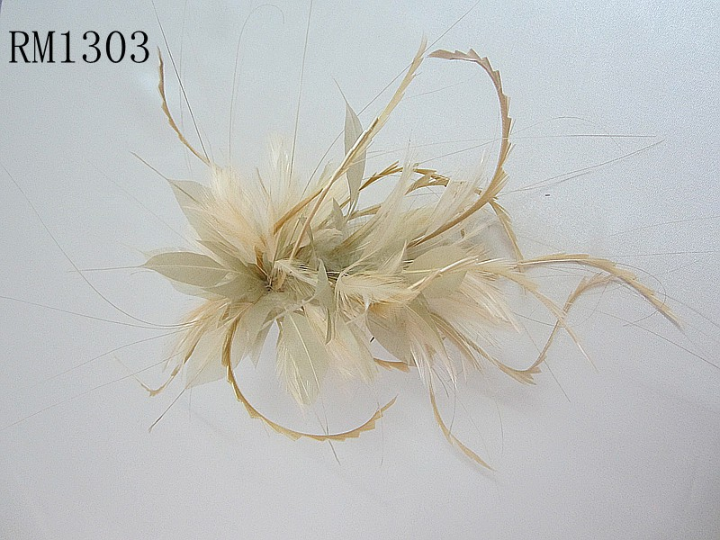 Feather Mount RM1303