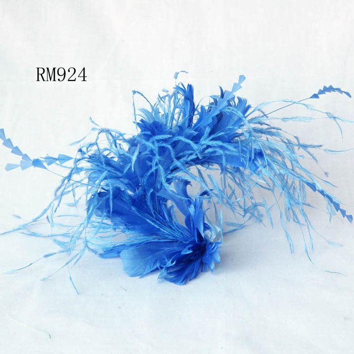 Feather Mount RM924