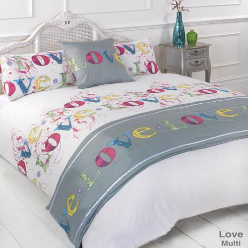 5 Piece Bed in a Bag Set Love Multi