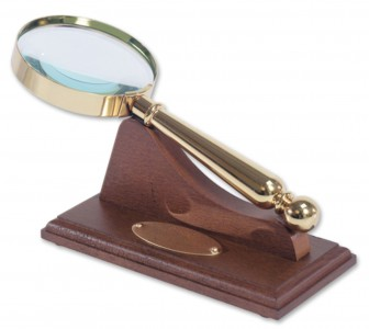 Brass magnifying glass and stand