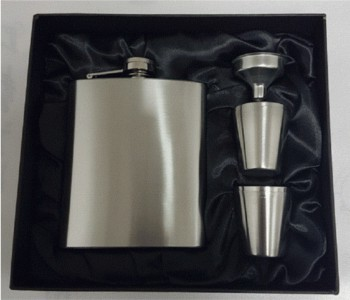 7oz stainless steel hipflask with 4 cups and funnel set