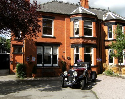 Premier Guest House - B and B Newark