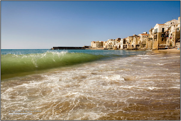 Waves breaking at Cefalu