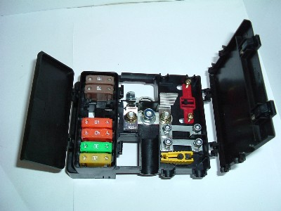 1094_235133 battery distribution fuse box battery products simtek (uk) ltd distribution fuse board at bayanpartner.co
