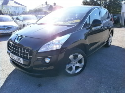 2012 12 Peugeot 3008 Active Crossover HDI 1.6 Turbo Diesel 112bhp