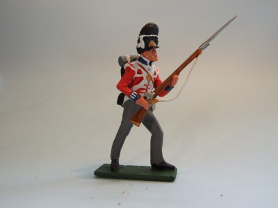 7TH FUSILIER ADVANCING