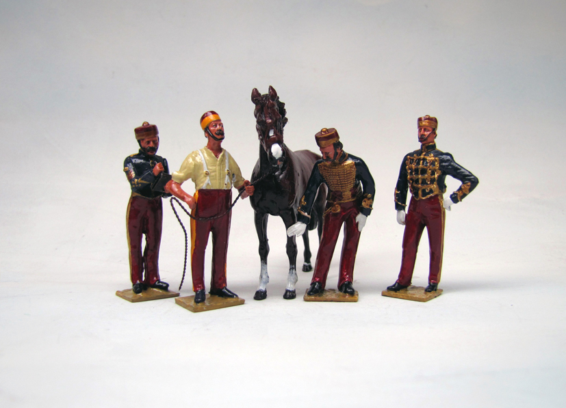 11TH13 FOUR FIGURE SET WITH HORSE