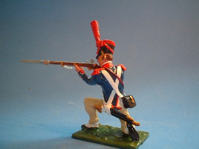FRENCH LINE GRENADIERS KNEELING FIRING
