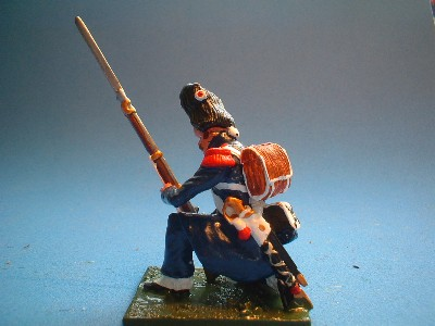 OLD GUARD CAMPAIGN DRESS KNEEELING AT READY