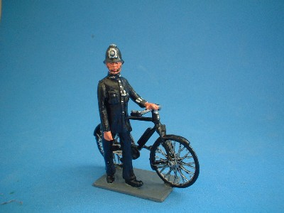 NS014 POLICEMAN WITH PUSHBIKE
