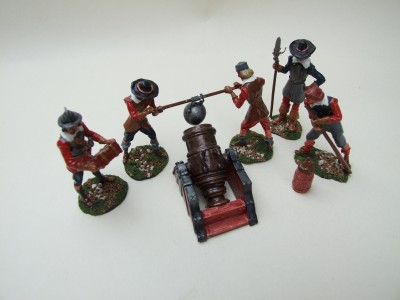 SEIGE ARTILLERY MORTAR AND CREW