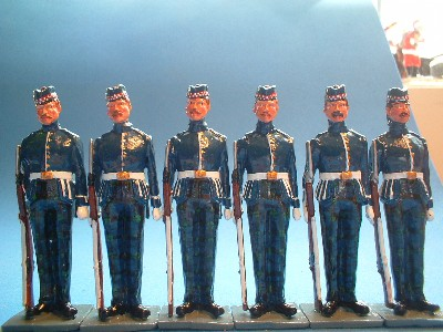 HIGHLAND LIGHT INFANTRY, STREET LINERS
