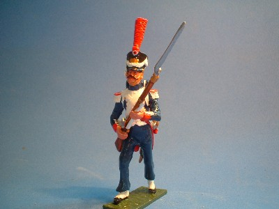 FUSILIER GRENADIER ADVANCING