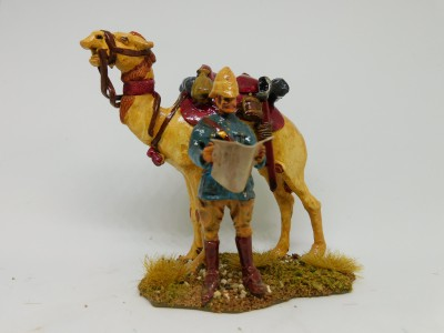 DISMOUNTED BRITISH OFFICER SUDAN