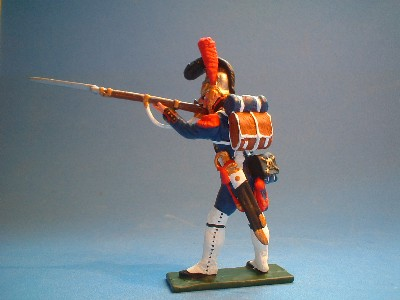 FRENCH GUARD ENGINEER STANDING FIRING