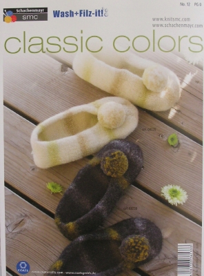 Wash + Filz It! Classic colour Slippers with pompom