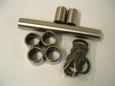 Drop Link Bearings, Seals and Hardened Sleeve kit to fit T595, 955 Daytona, 955 Speed triple