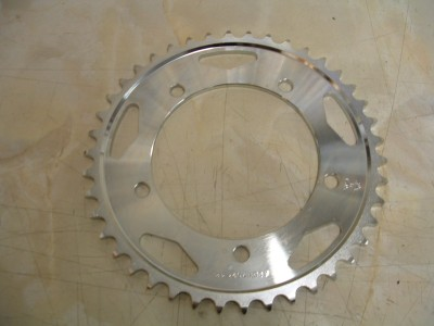 Rear Sprocket. Bonneville and 600/650 (525)