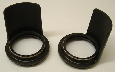 Dust seals (Kayaba) with integral fork tube shield