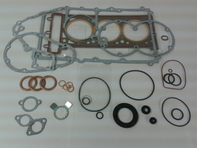 Cover and Head Gasket Set Thunderbird 900, Legend and Sport.