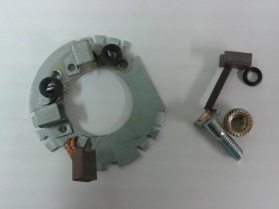 Starter motor brush and back plate set. Denso.