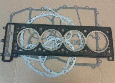 Engine Cover & Cylinder Head Gaskets 1200 Daytona & Trophy