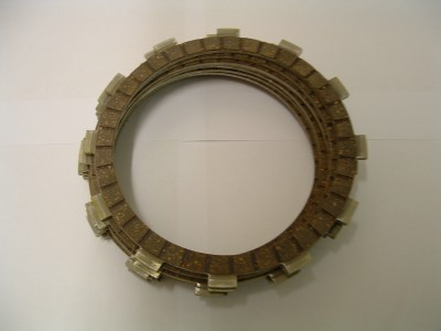 Clutch plate set. 955 models (later engine) and 1050