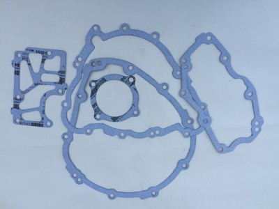 675 Daytona and Street Triple Lower Engine Cover Gasket Set