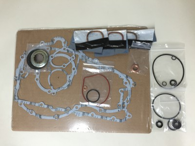 Gasket and seal set 955 early style engine