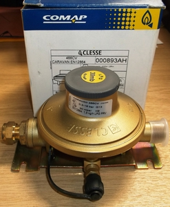 Cleese LPG 30Mbar (M20 to 10mm) Regulator