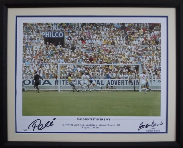 Pele & Gordon Banks dual signed & framed Greatest Save Mexico 1970 World Cup