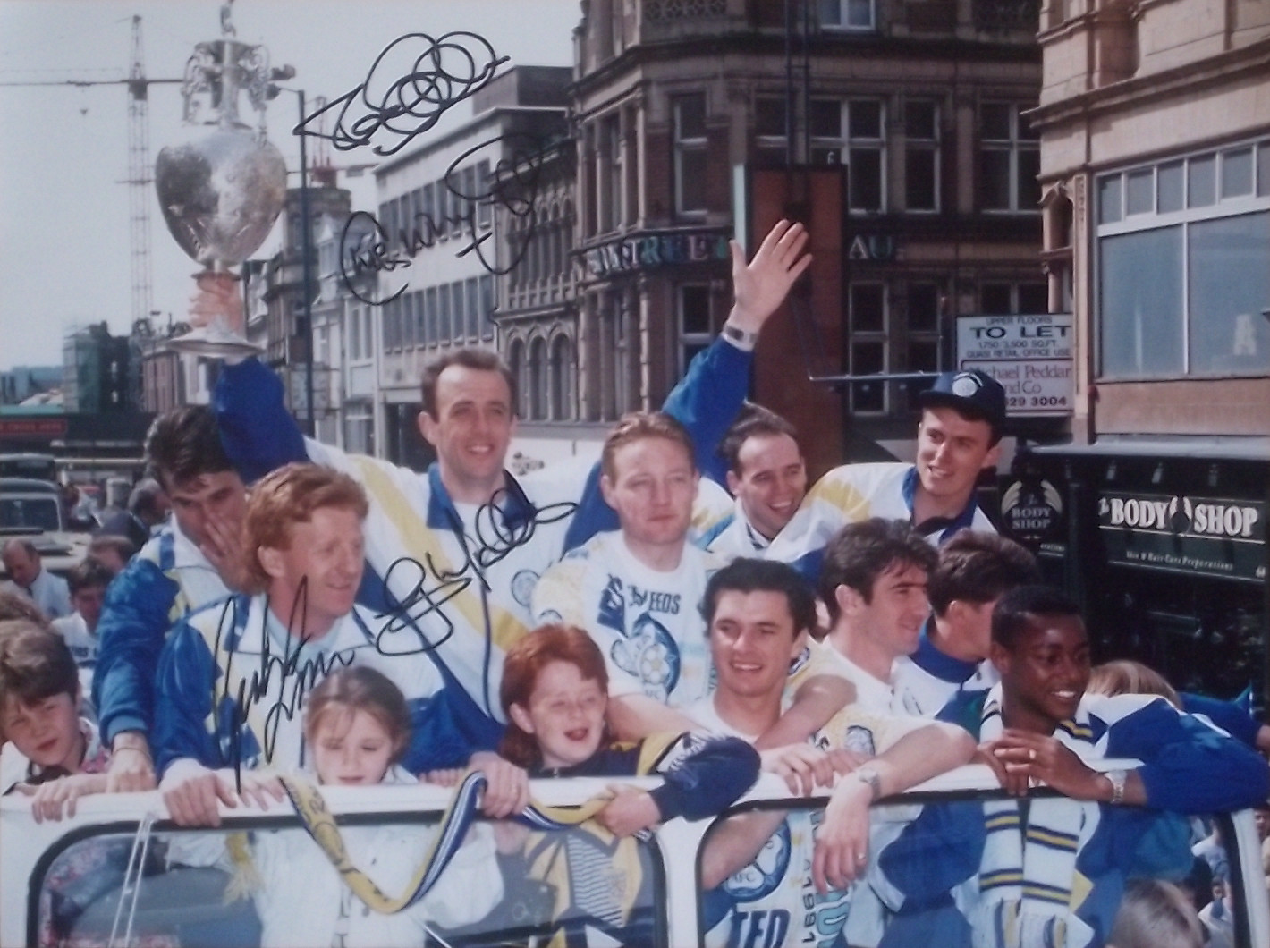 Leeds United 1991-92 Divison 1 Champions Signed Photo Open Top Bus Parade